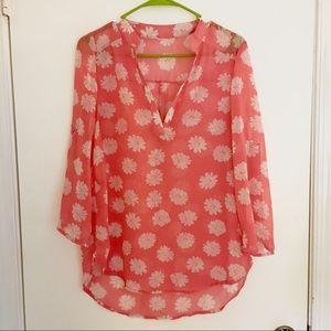 Tops - Lovely Daisy Top-Quarter-length sleeves